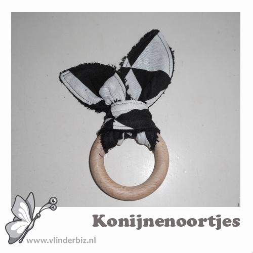 Konijnenoortjes zwart badstof, zwart witte driehoek