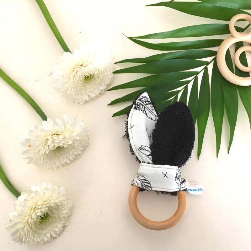 Konijnenoortjes zwart wit veertjes