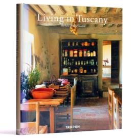 Living in Tuscany, Barbara & René Stoeltie