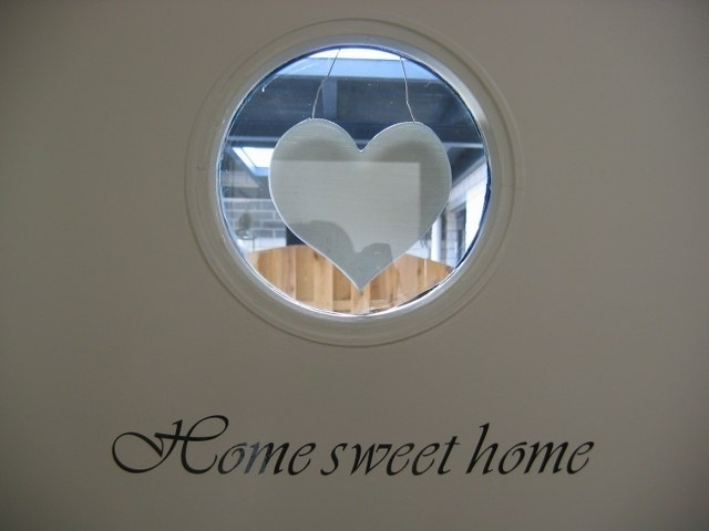 Home sweet home (witte letters)