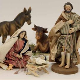 Kerstgroep 'Aankleedbeelden' 15 cmH