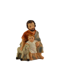 Kg9-2.10 Herder knielend met kind en schaapje