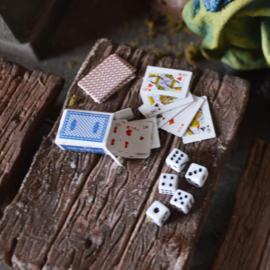 p-hz33: Kaartspel / Dobbelstenen