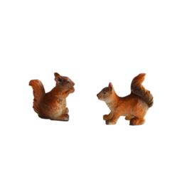 Dd-03b Eekhoorntjes (set 2 stks) 2.4 cm hoog