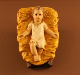 Krst-J15:  Kindje  vast in kribje 7 cm