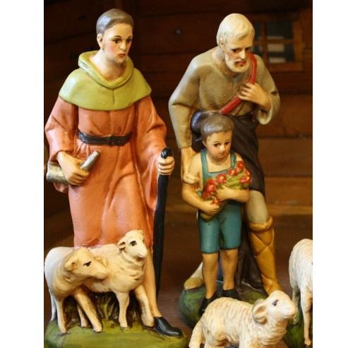GipsH: Herder met kindje / schaapjes (22cm)