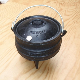 Südafrikanischer Potjie - 3-Bein-GussTopf - Gr. 2