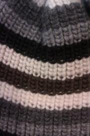 FUZA - muts - grijs gestreept