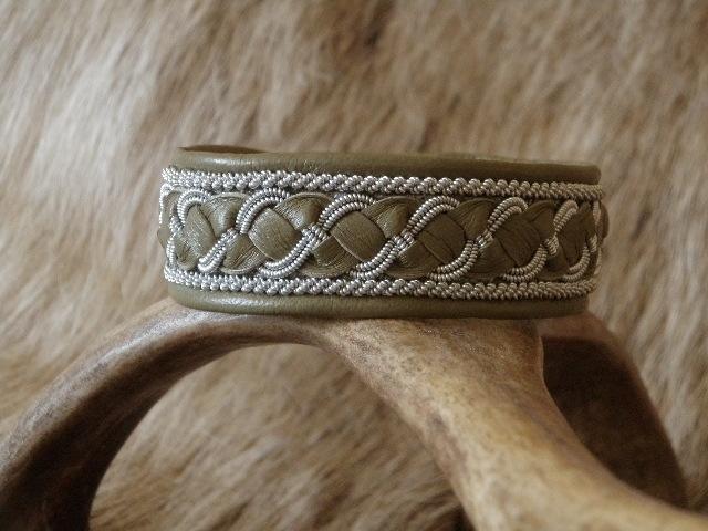 Saami Armband AB 244 -  Khaki - 20cm