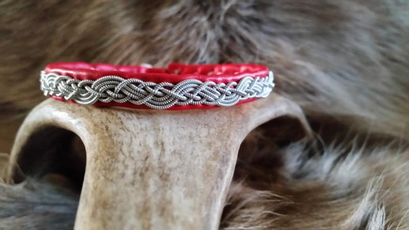 Saami armband AB 278- Rood - 19.5cm