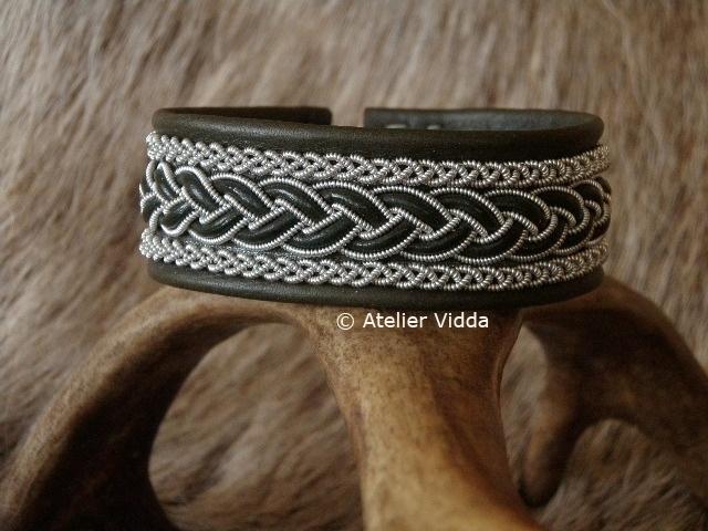 Saami Armband 058