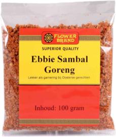 Sambal goreng ebbie bij de rijsttafel, nasi en bami