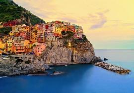 Fotobehang Idealdecor 00130 Cinque Terre Coast