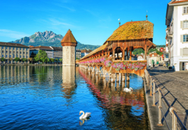 Fotobehang Idealdecor 00157 Lucerne Switzerland