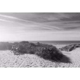 Fotobehang Zonsondergang op het Strand Zwart Wit