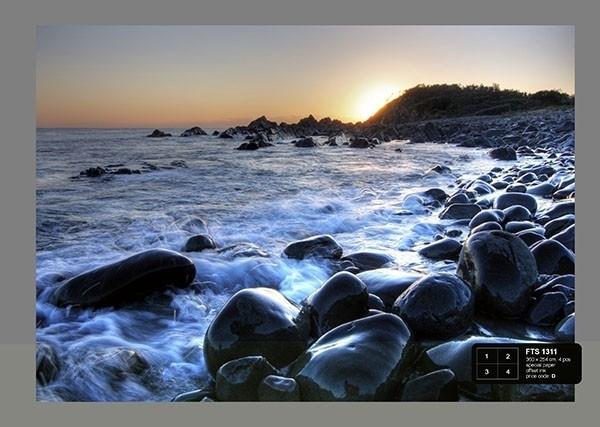 Fotobehang AG Design FTS1311 Zonsondergang bij zee