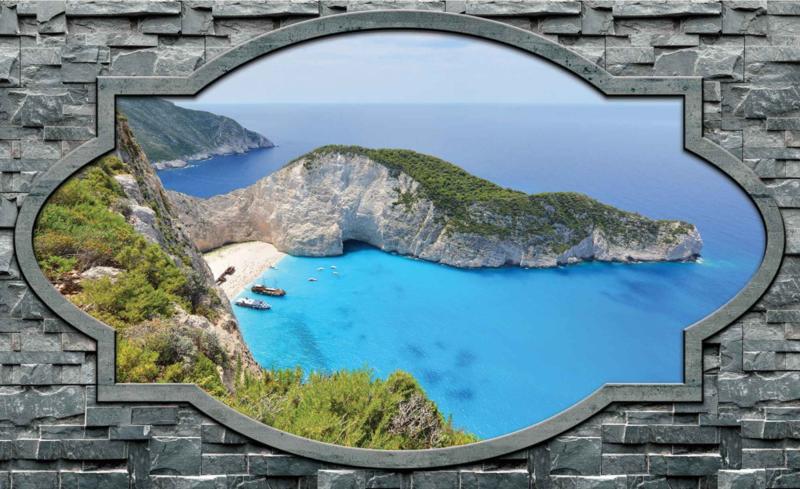 Fotobehang Uitzicht op Grieks Strand met Rotswanden