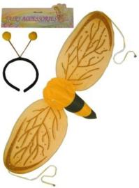 Bijtje Vleugels en diadeem