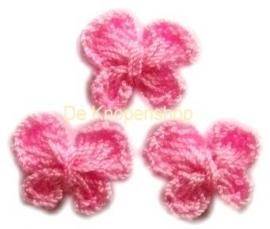 Gehaakte vlinder roze