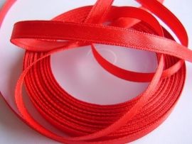 SB017 Satijnband rood 7 mm