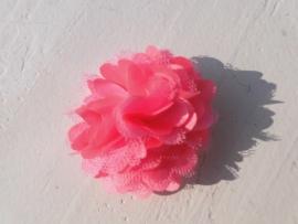 Stoffen satijn bloem met schijfje 5cm *neon roze* pst