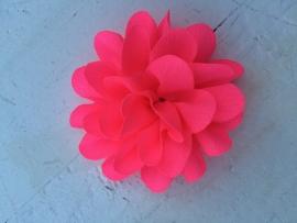 Chiffon bloem shocking neon pink  5,5 cm