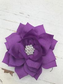 Luxe bloem satijn met ster strass lila