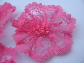 Kanten bloem hot pink pst 4.5 cm