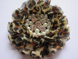 Luxe bloem met strass en parels tijger/panter