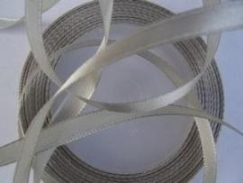 SB07 Satijnband zilver 6 mm