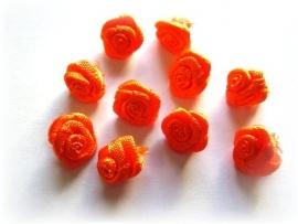 R012 Roosjes fel oranje 1cm  (10)