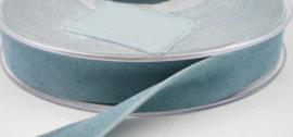 Velvet/fluweel band licht blauw dubbelzijdig 1.5cm