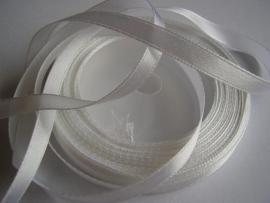 SB09 Satijnband wit 7 mm