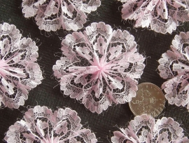 Kanten rozet/bloem licht roze  3cm
