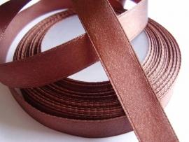SB104 Satijnband bruin 10 mm