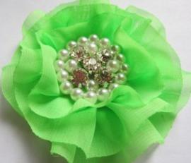 Luxe bloem met strass en parels neon groen