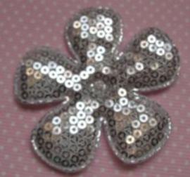 Bloem pailletten 4.7cm zilver