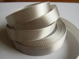 SB102 Satijnband zilver 10 mm