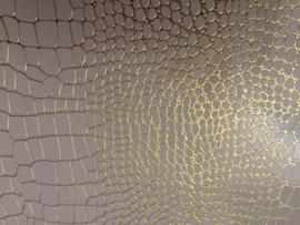 krokodillenprint leer met fijne goud lijntjes ivoor