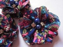Bloem chiffon flower power met parels & strass