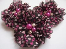Bloem chiffon zwart/roze hartjes met parels & strass
