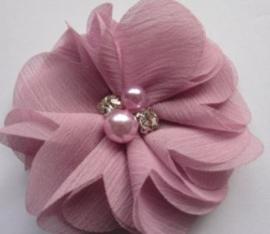 Bloem  chiffon met parels & strass roze-pink 8cm