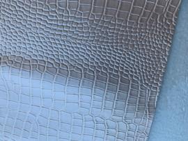 Krokodillenprint leer parelmoer ivoor