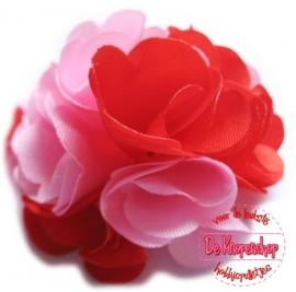 Stoffen satijn bloem met schijfje 5cm *licht roze & rood* pst