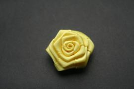 Roosje geel 3cm