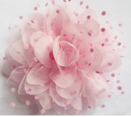 Bloem chiffon roze met polkadot roze tule 12.5 cm