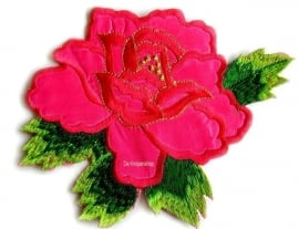 A056b Grote fuchsia roos met blad
