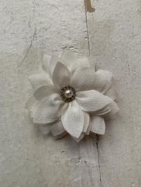 Luxe bloem satijn met parel/strass ivoor 5.5cm