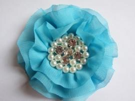 Luxe bloem met strass en parels aqua