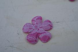 Bloem satijn/kant  roze 4,7cm